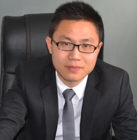杨志军(CEO)